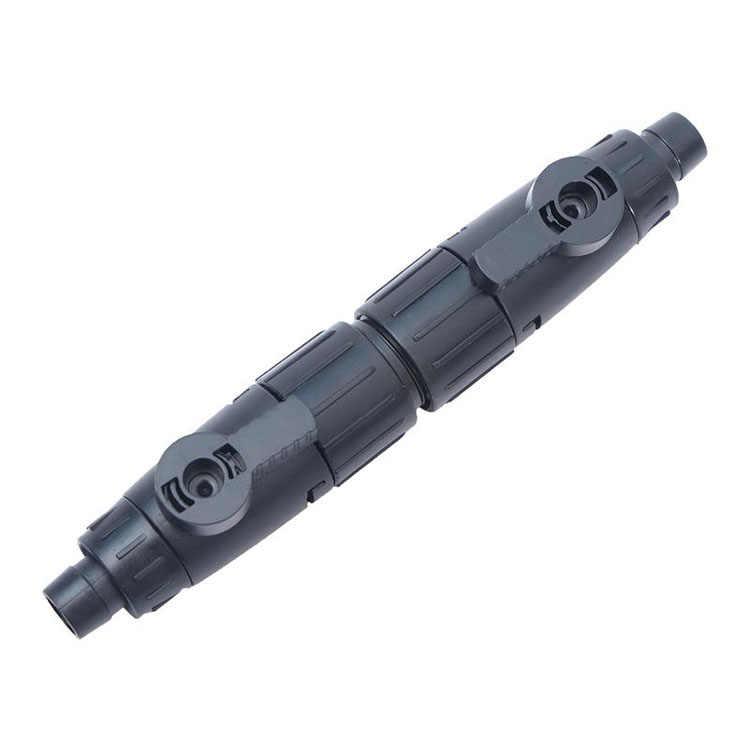 Пластиковый переходник с прижимными гайками и кранами для шлангов разного диаметра